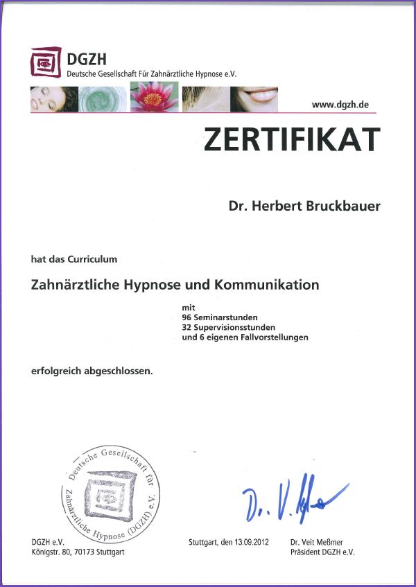 Zertifikat Medizinische Hypnose Dr. Herbert Bruckbauer